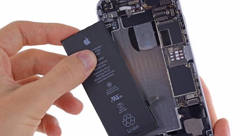 Замена аккумулятора iPhone | Фото: https://fix-kit.ru
