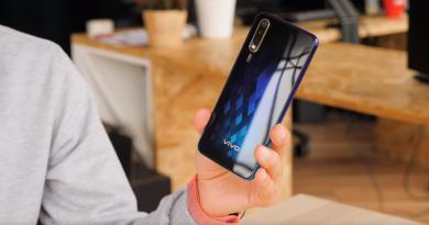 Обзор Vivo V17 Neo: смартфон для России