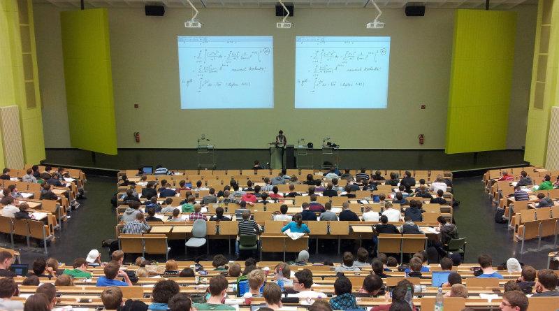 Студенты на паре | Фото: arstechnica.net