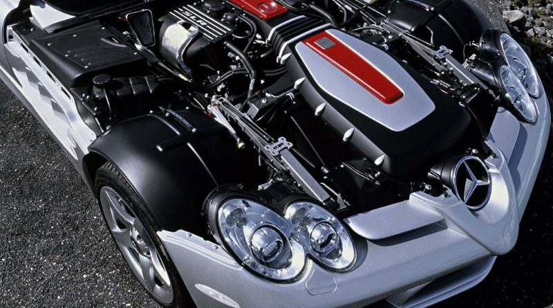 Двигатель Mecedes   Фото: http://storage.megasos.com