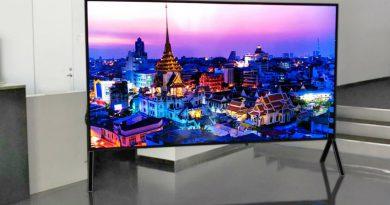 8K телевизор Sharp   Фото: Engadget