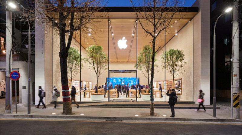 Apple Store   Фото: apple