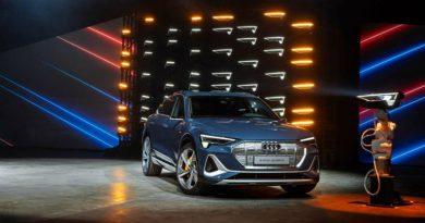 Фары новой Audi могут проецировать картинки