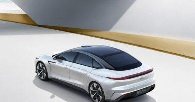 Alibaba показала свой первый электромобиль